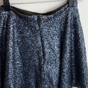 Topshop Skirts - Sequin topshop zip skirt